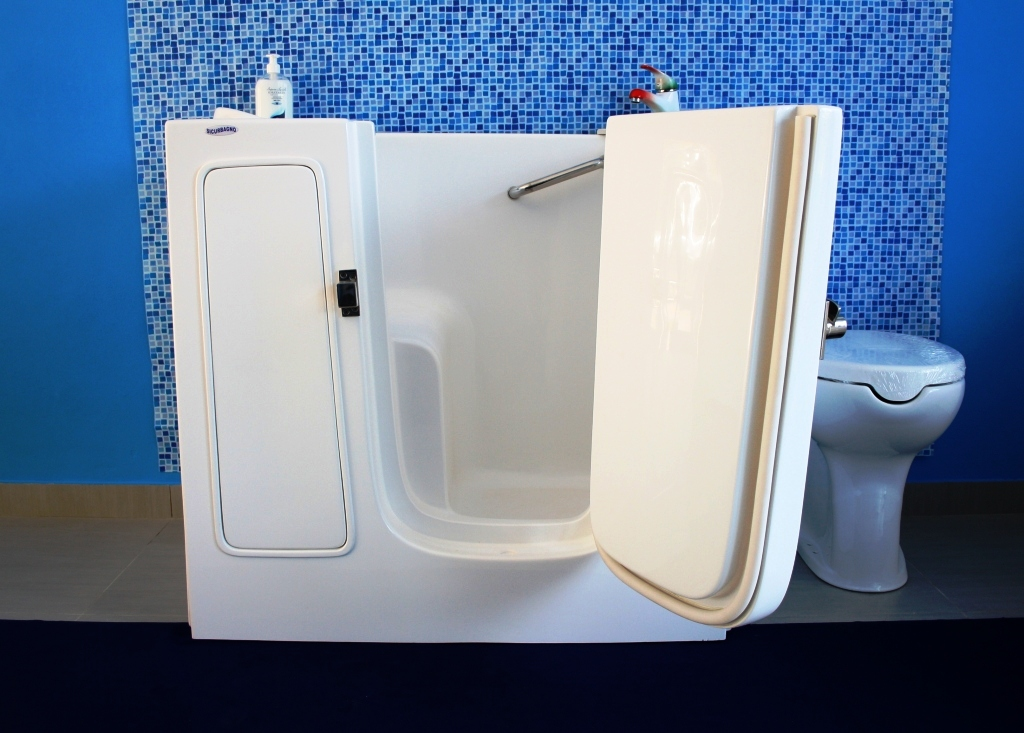 Vasca con sportello che occupa lo stesso spazio di una doccia 2 - Vasca da bagno per doccia ...